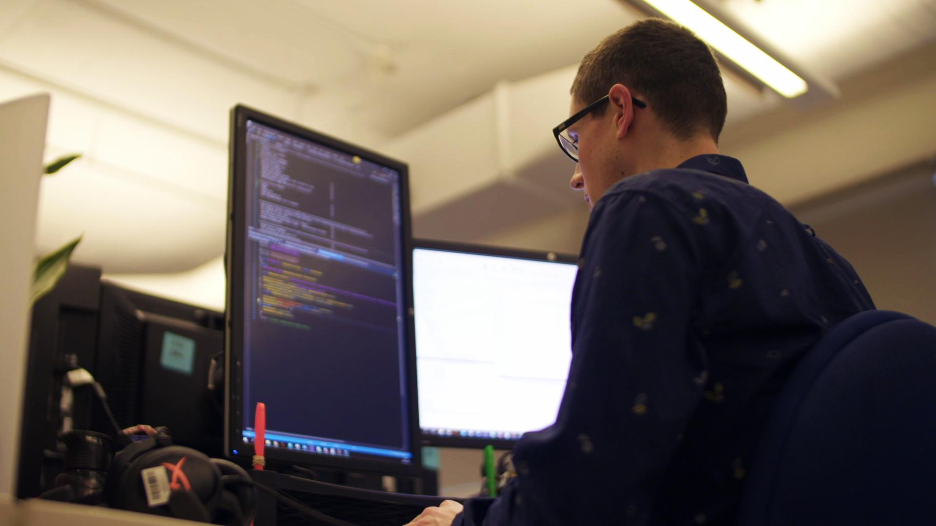 Le métier d'Alexandre Audette Génier: programmeur intelligence artificielle