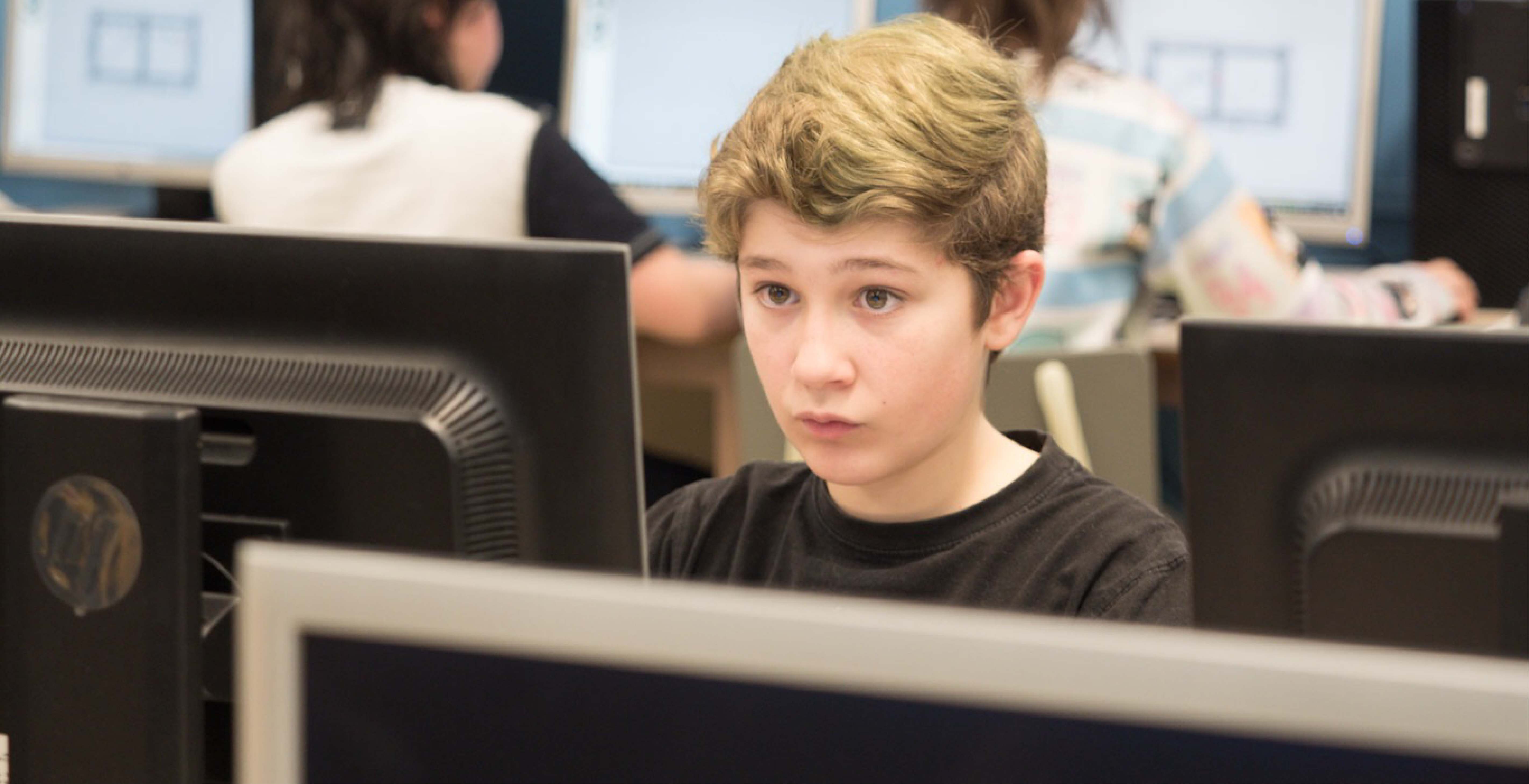 Création de jeux vidéo par Fusion Jeunesse – Des projets imaginatifs par des jeunes passionné.es